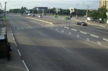 Веб-камеры Симферополе, Пешеходный переход возле ТЭС отеля