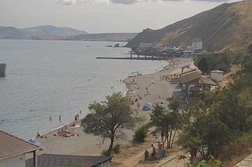 Веб-камеры Феодосии, Пляж, причал и набережная (обзорная)