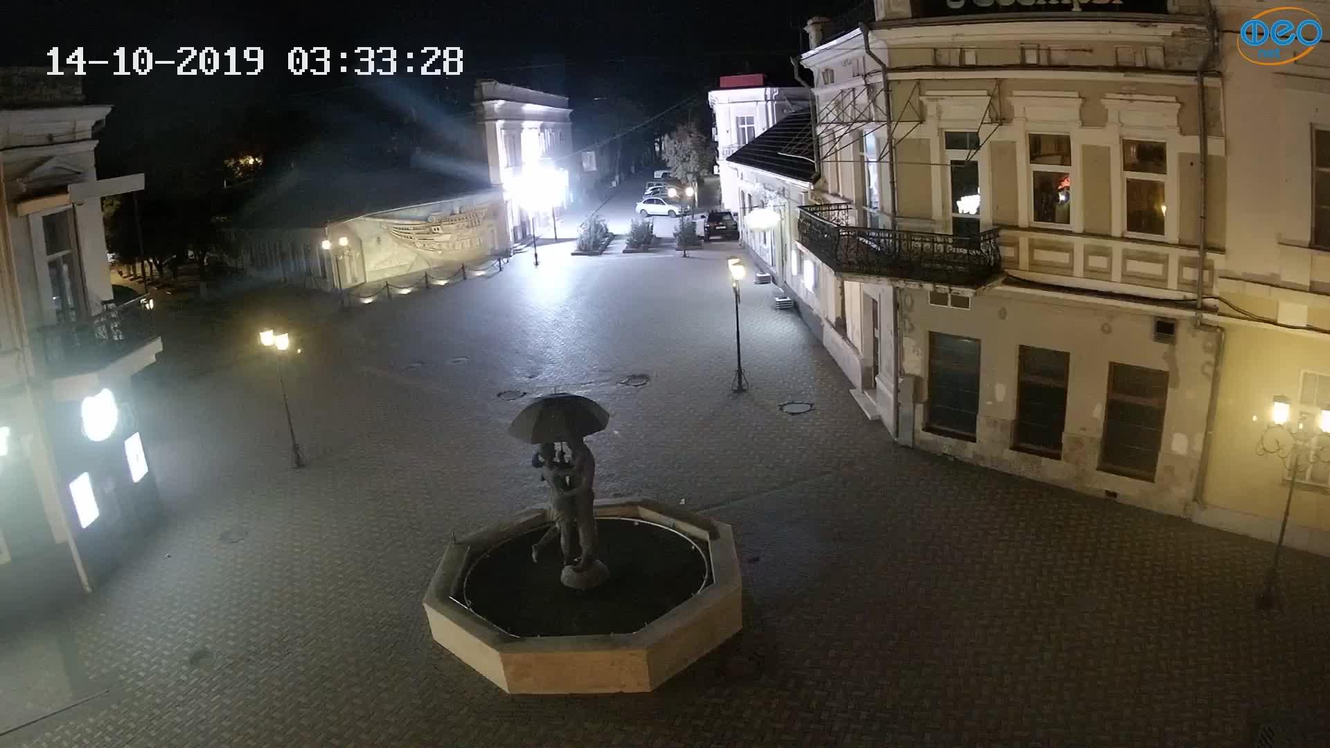 Веб-камеры Феодосии, Панно Бригантина (Камера со звуком.), 2019-10-14 03:43:13