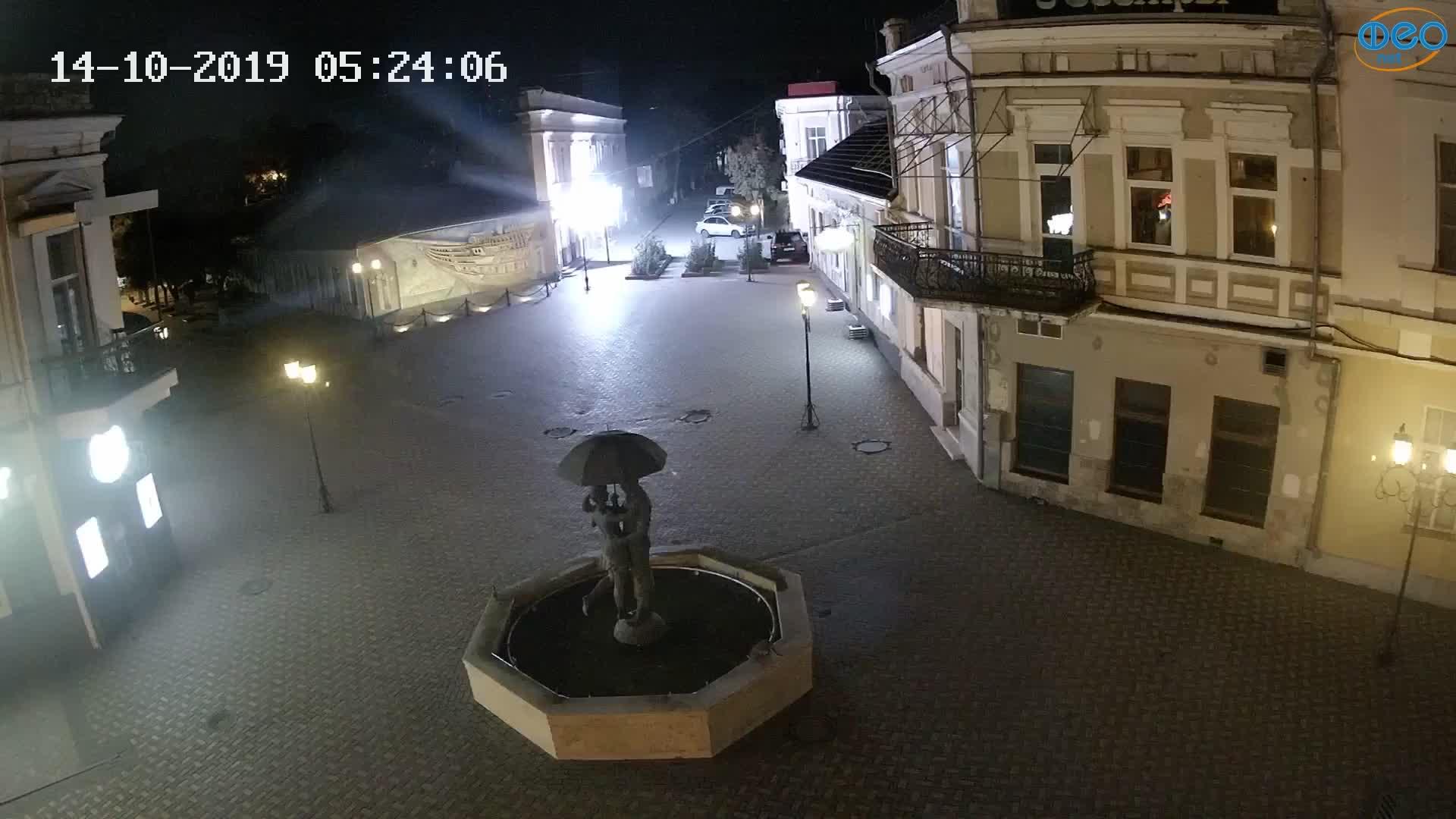 Веб-камеры Феодосии, Панно Бригантина (Камера со звуком.), 2019-10-14 05:23:06