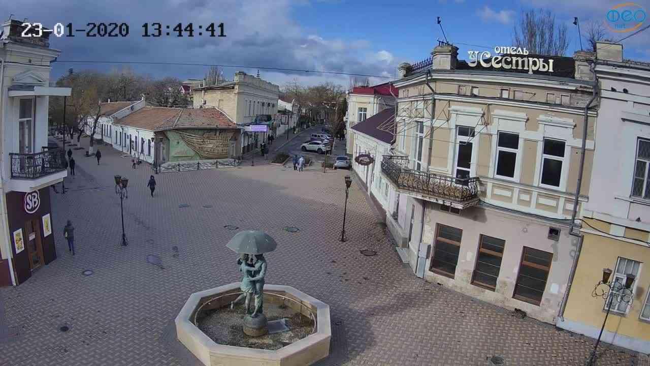 Веб-камеры Феодосии, Панно Бригантина (Камера со звуком.), 2020-01-23 13:45:08