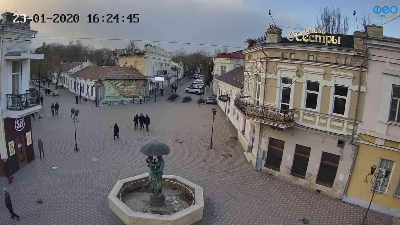 Веб-камеры Феодосии, Панно Бригантина (Камера со звуком.), 2020-01-23 16:25:08