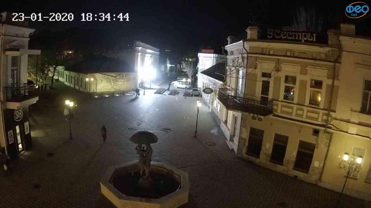Веб-камеры Феодосии, Панно Бригантина (Камера со звуком.), 2020-01-23 18:35:08