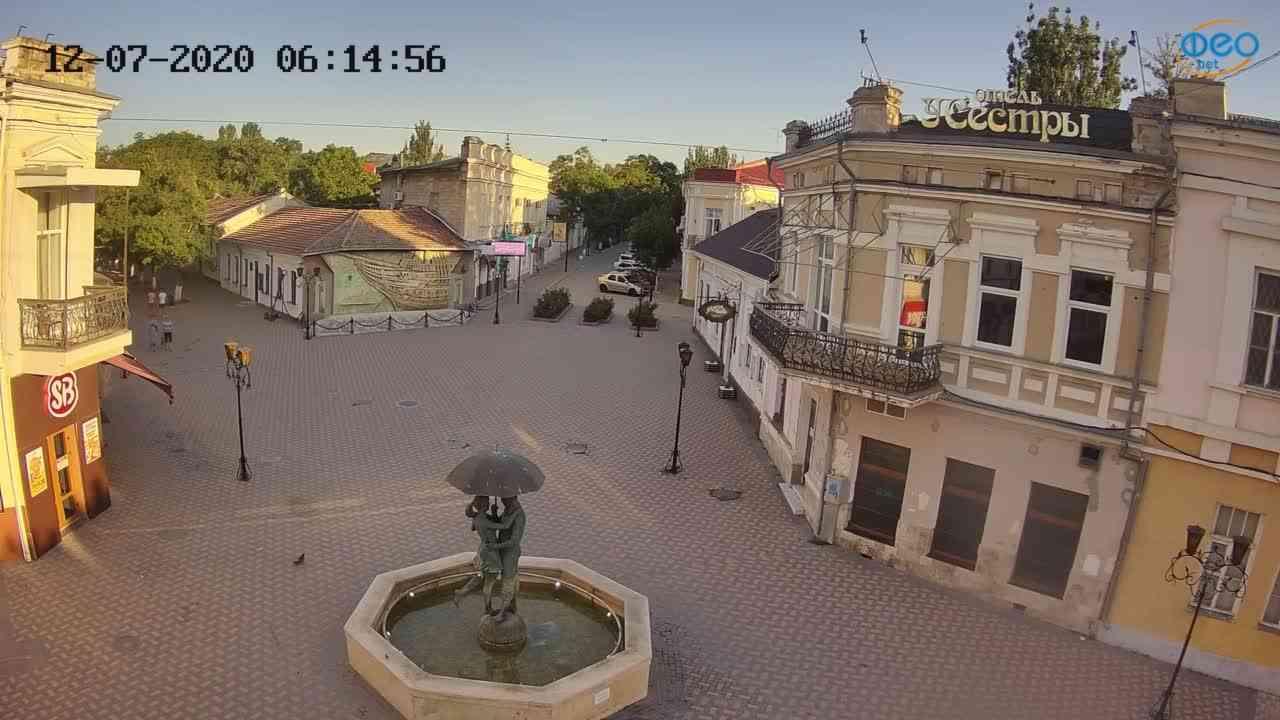 Веб-камеры Феодосии, Панно Бригантина (Камера со звуком.), 2020-07-12 06:15:08