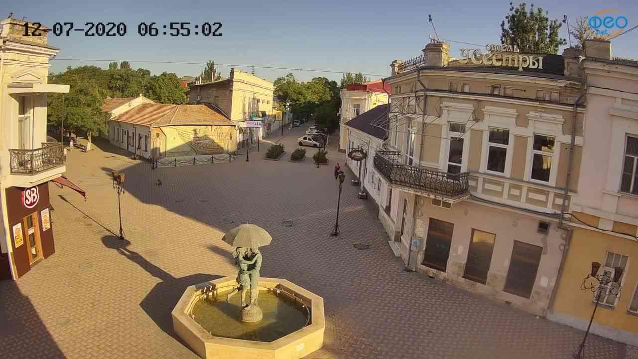 Веб-камеры Феодосии, Панно Бригантина (Камера со звуком.), 2020-07-12 06:55:11