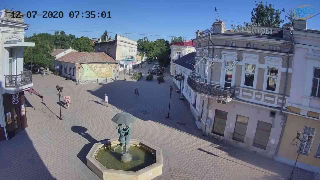 Веб-камеры Феодосии, Панно Бригантина (Камера со звуком.), 2020-07-12 07:35:10