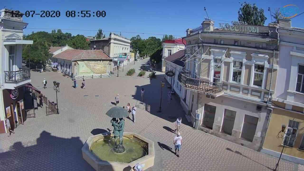 Веб-камеры Феодосии, Панно Бригантина (Камера со звуком.), 2020-07-12 08:55:11