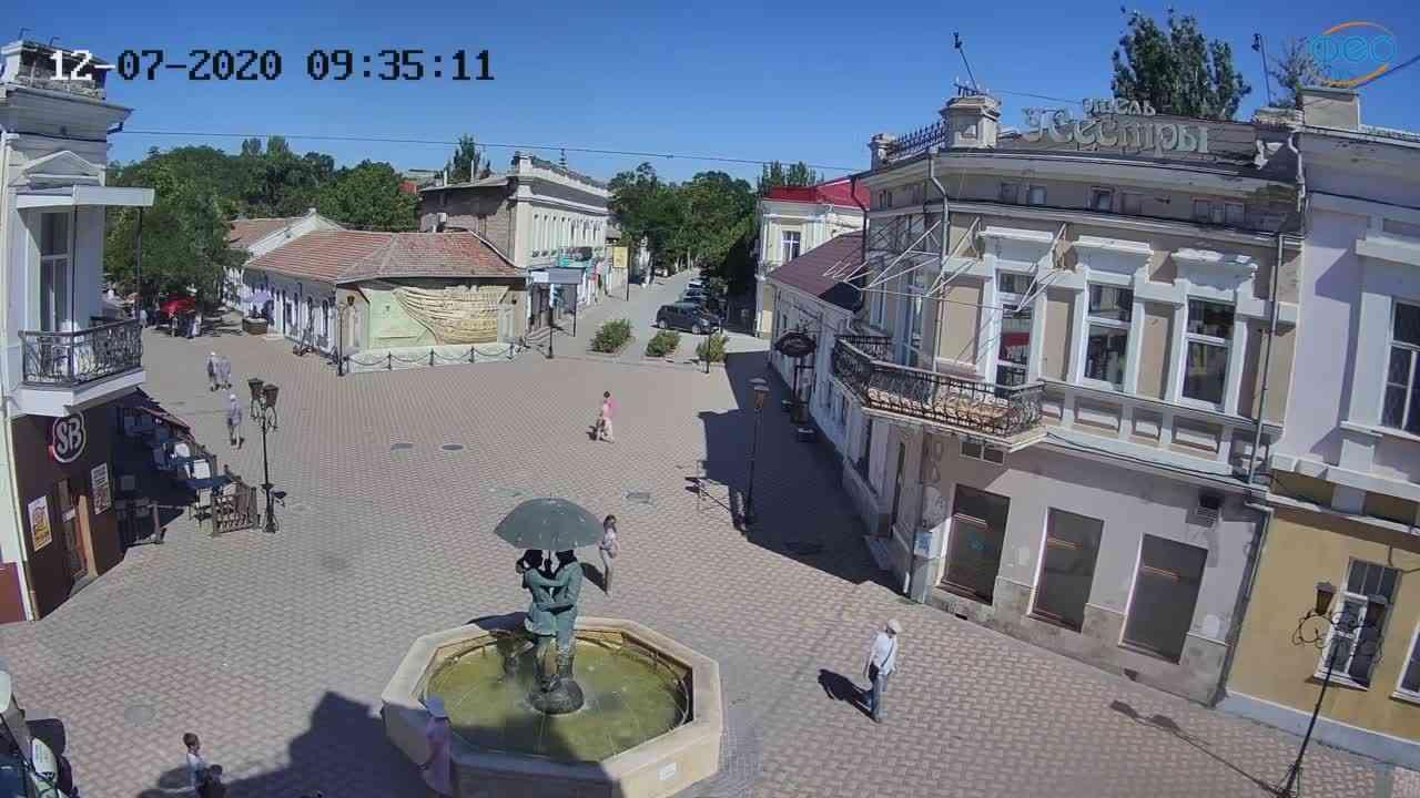 Веб-камеры Феодосии, Панно Бригантина (Камера со звуком.), 2020-07-12 09:35:21