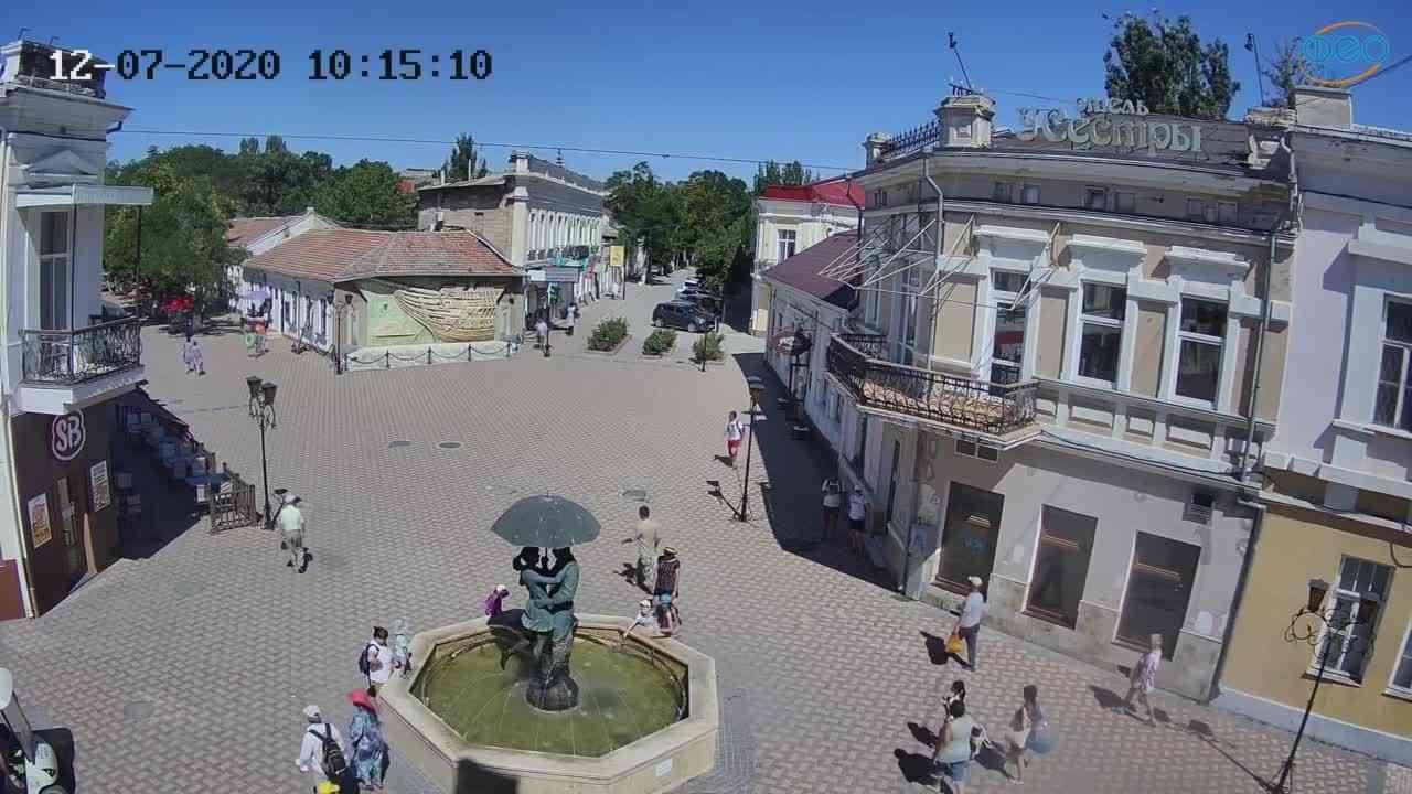 Веб-камеры Феодосии, Панно Бригантина (Камера со звуком.), 2020-07-12 10:15:21
