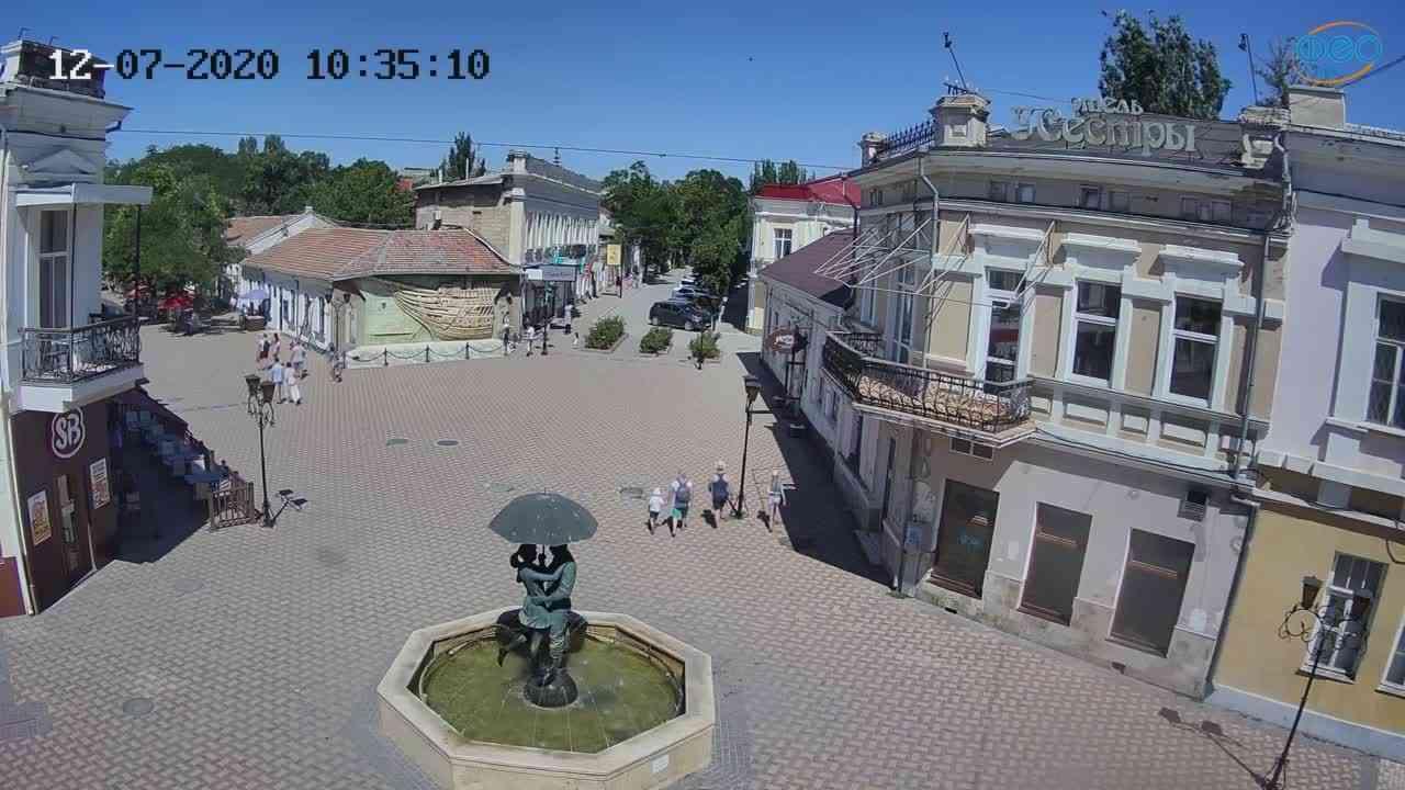 Веб-камеры Феодосии, Панно Бригантина (Камера со звуком.), 2020-07-12 10:35:20