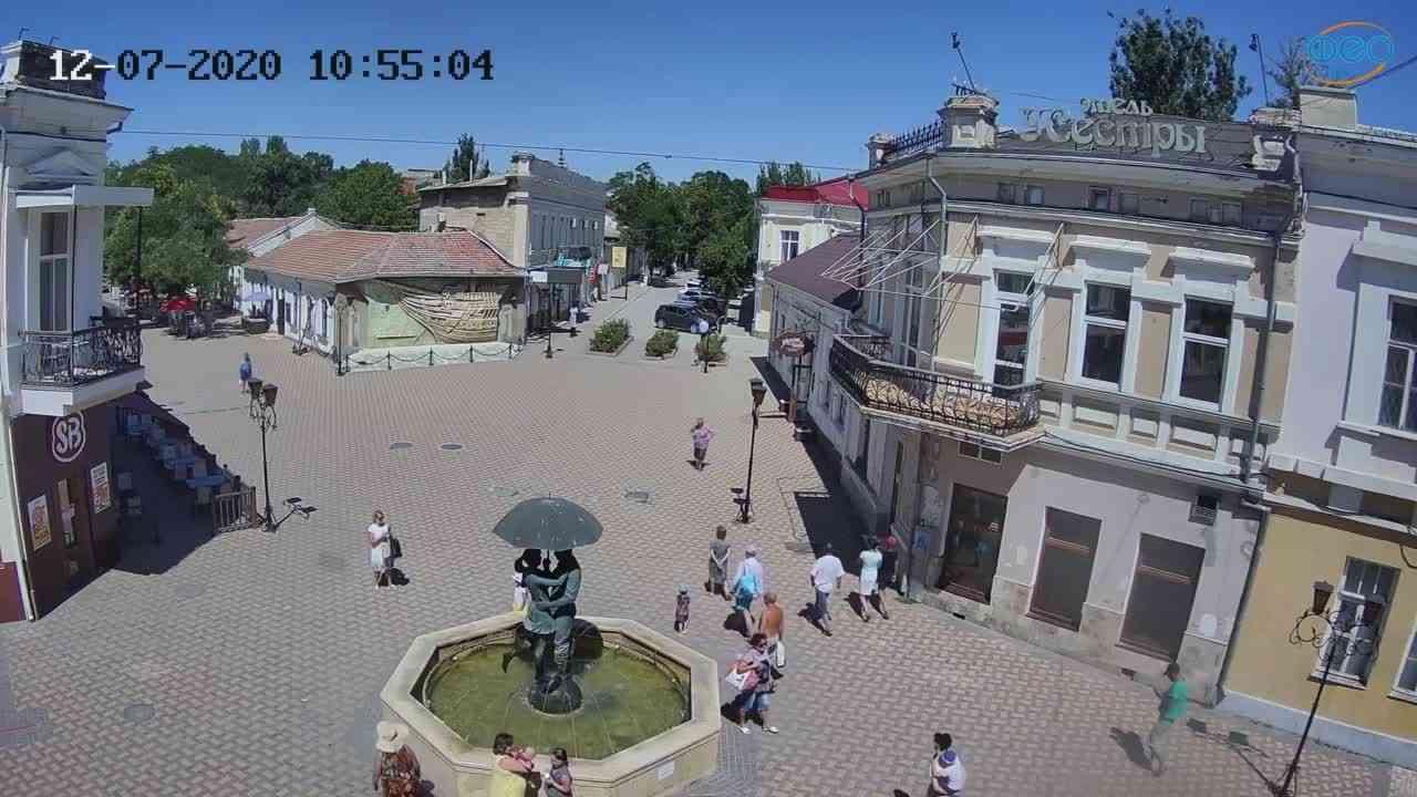 Веб-камеры Феодосии, Панно Бригантина (Камера со звуком.), 2020-07-12 10:55:18