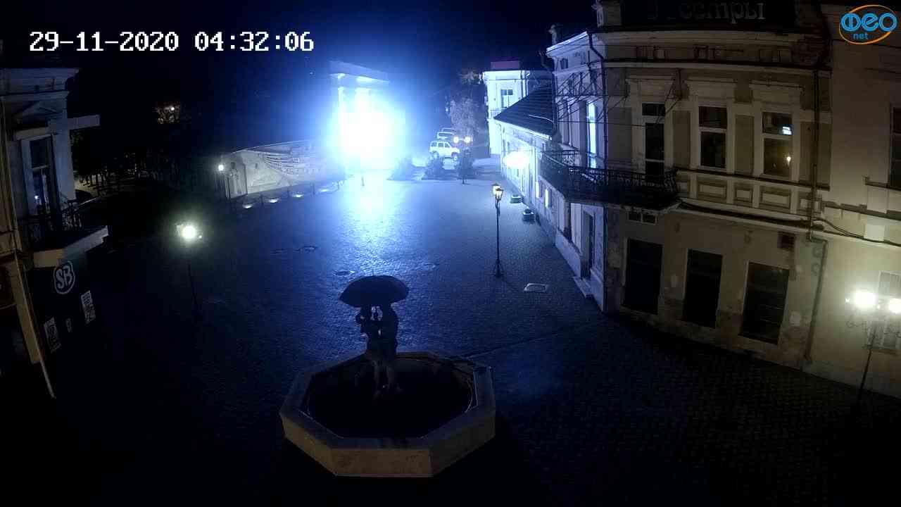 Веб-камеры Феодосии, Панно Бригантина (Камера со звуком.), 2020-11-29 04:25:05