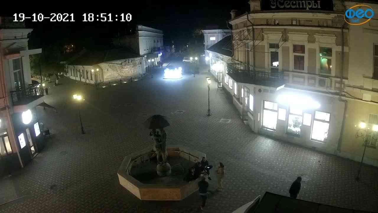 Веб-камеры Феодосии, Панно Бригантина (Камера со звуком.), 2021-10-19 18:51:21