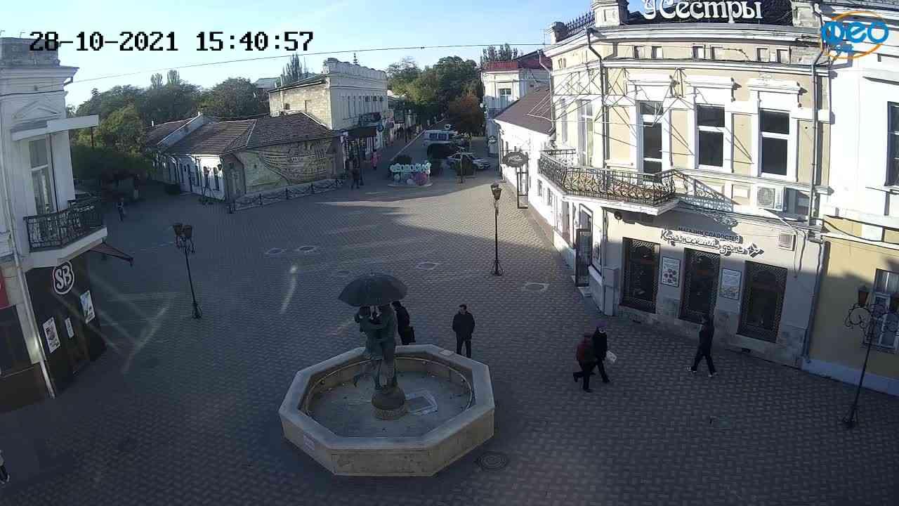 Веб-камеры Феодосии, Панно Бригантина (Камера со звуком.), 2021-10-28 15:41:09