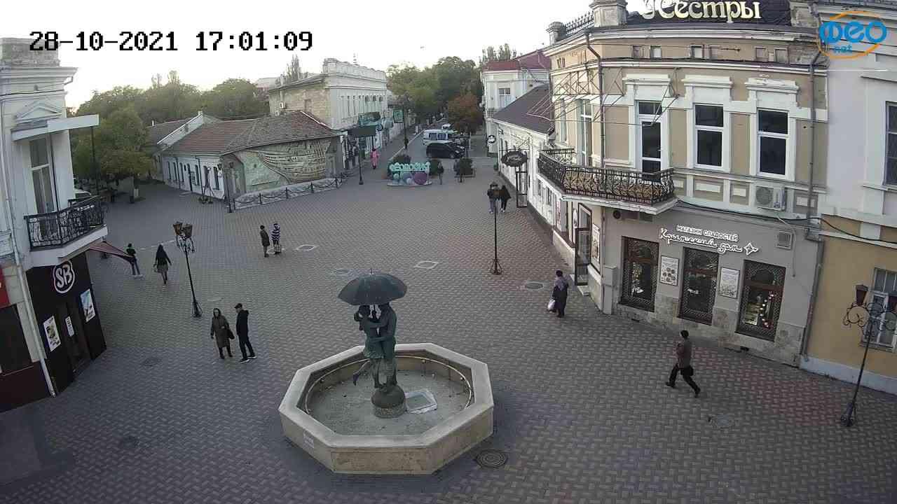Веб-камеры Феодосии, Панно Бригантина (Камера со звуком.), 2021-10-28 17:01:18