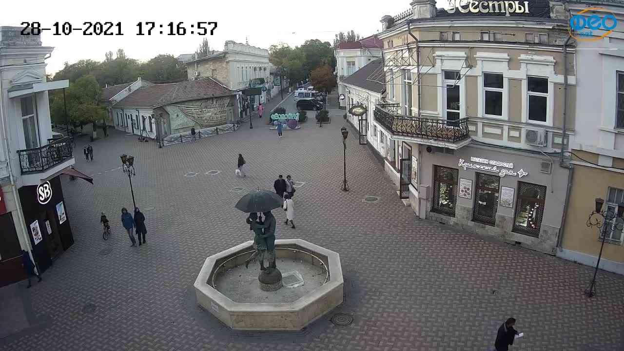 Веб-камеры Феодосии, Панно Бригантина (Камера со звуком.), 2021-10-28 17:17:09