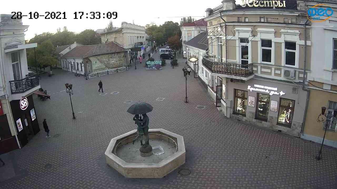Веб-камеры Феодосии, Панно Бригантина (Камера со звуком.), 2021-10-28 17:33:17