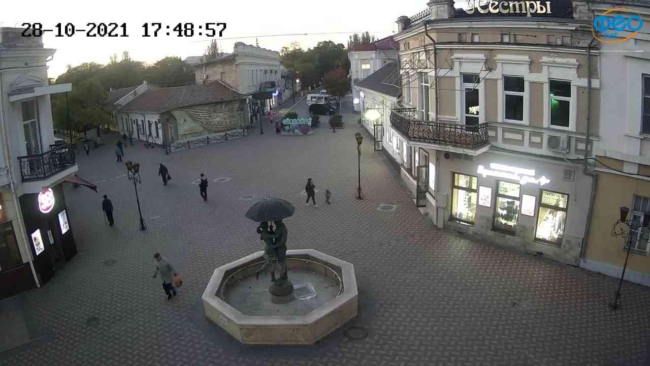 Веб-камеры Феодосии, Панно Бригантина (Камера со звуком.), 2021-10-28 17:49:10