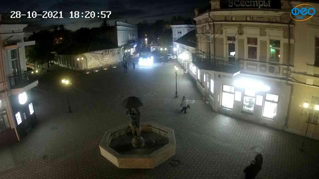 Веб-камеры Феодосии, Панно Бригантина (Камера со звуком.), 2021-10-28 18:21:09