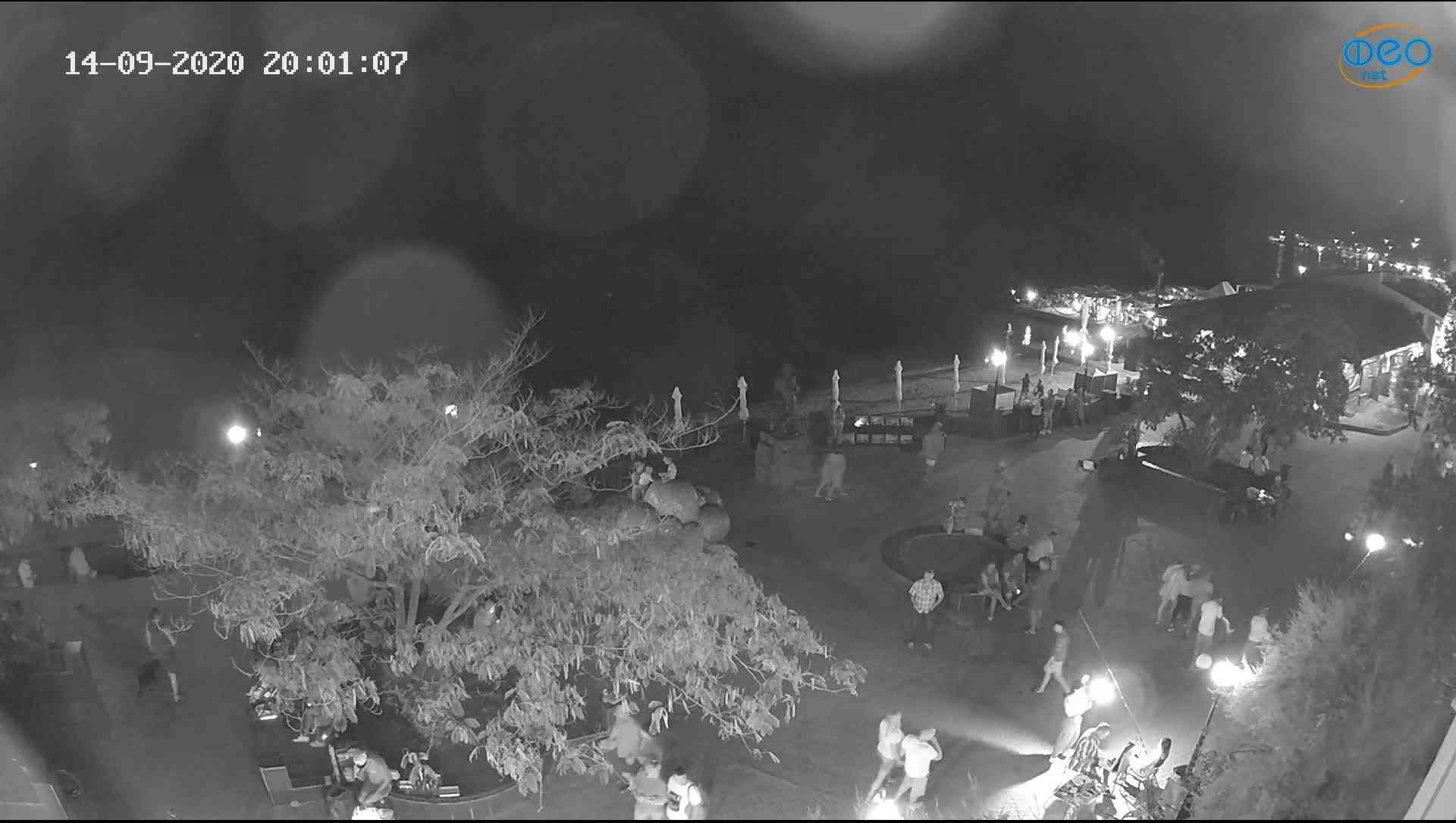 Веб-камеры Феодосии, Набережная Коктебель перед домом Волошина, 2020-09-14 20:01:26