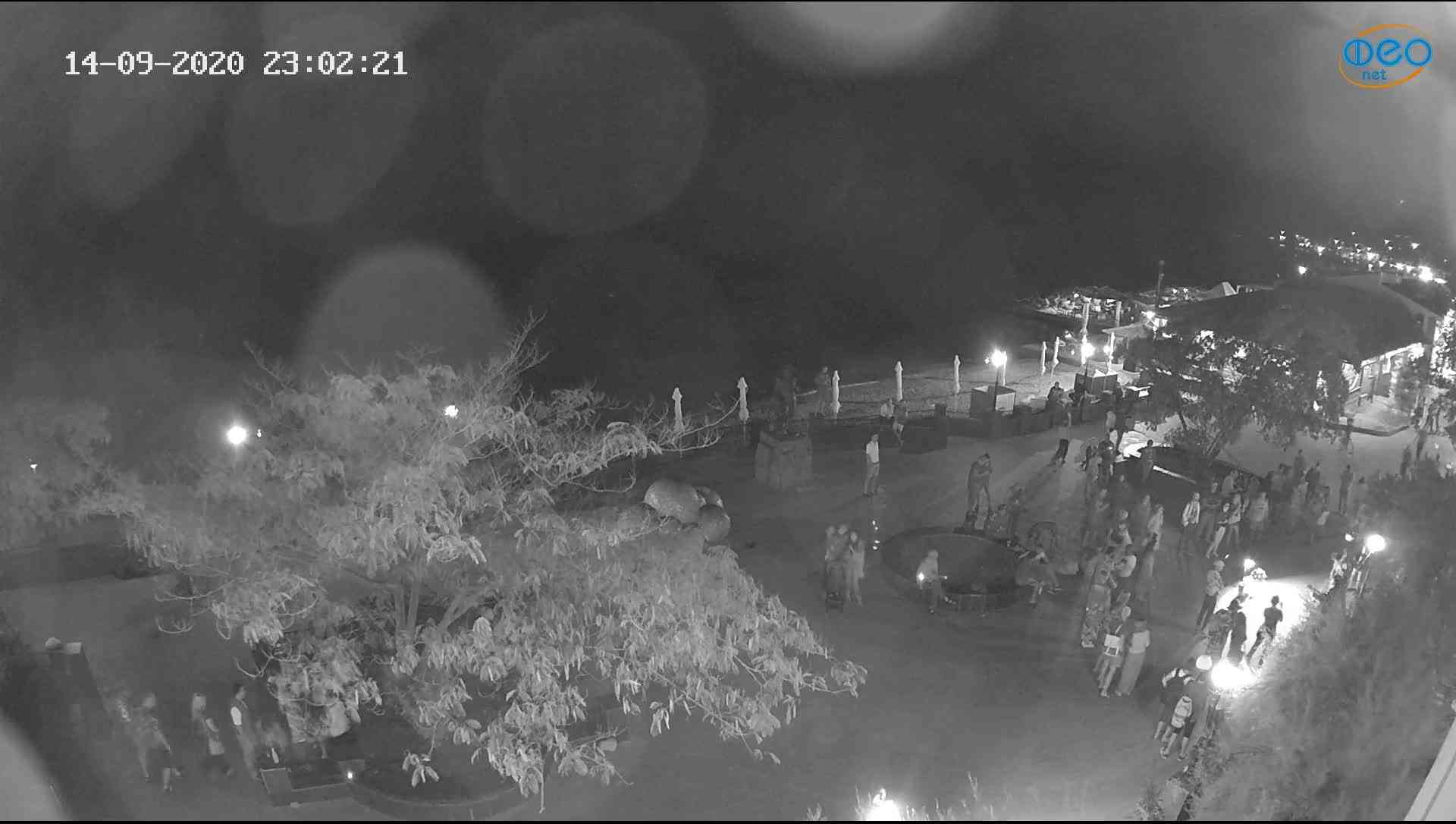 Веб-камеры Феодосии, Набережная Коктебель перед домом Волошина, 2020-09-14 23:02:37