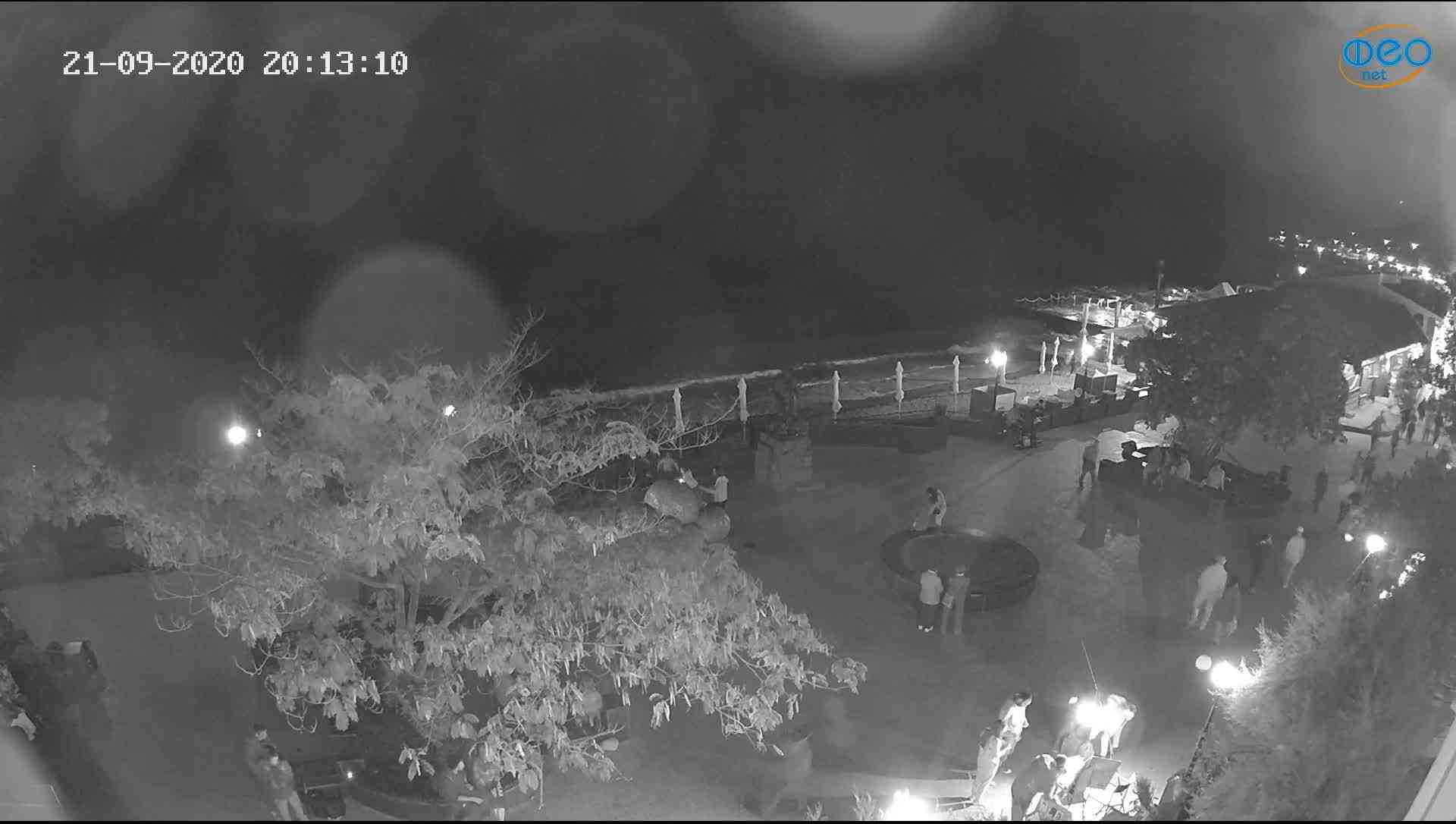 Веб-камеры Феодосии, Набережная Коктебель перед домом Волошина, 2020-09-21 20:13:28