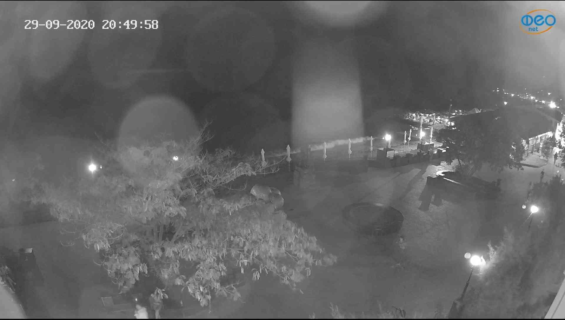 Веб-камеры Феодосии, Набережная Коктебель перед домом Волошина, 2020-09-29 20:50:17