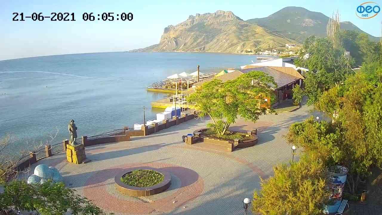 Веб-камеры Феодосии, Набережная Коктебель перед домом Волошина, 2021-06-21 06:05:14
