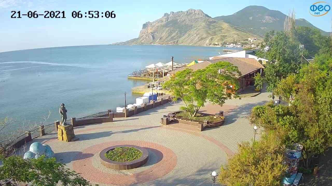 Веб-камеры Феодосии, Набережная Коктебель перед домом Волошина, 2021-06-21 06:53:14