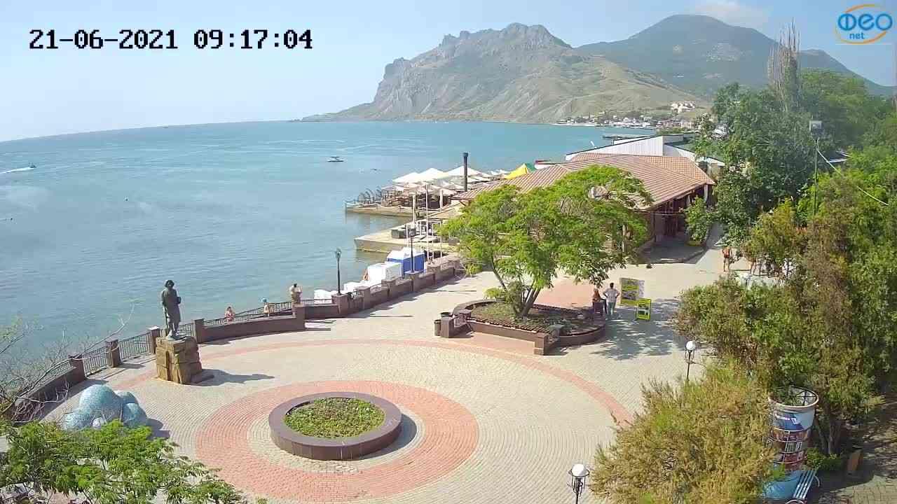 Веб-камеры Феодосии, Набережная Коктебель перед домом Волошина, 2021-06-21 09:17:12