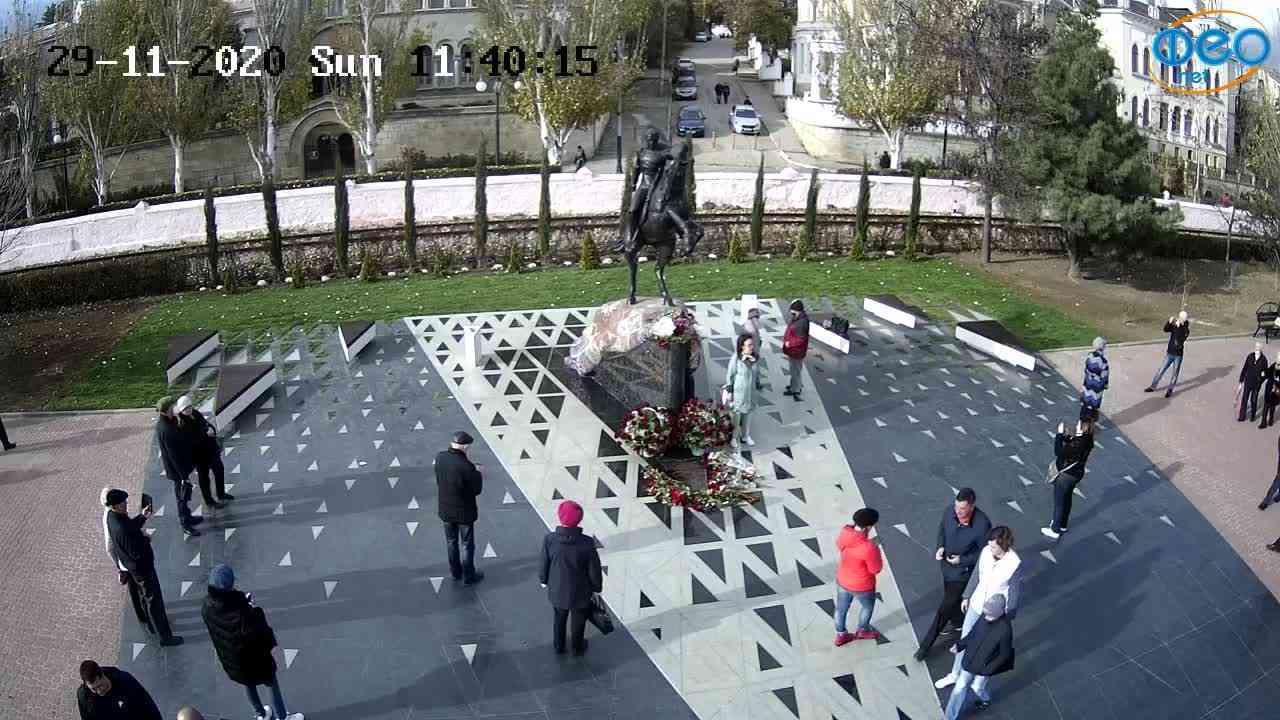 Веб-камеры Феодосии, Памятник генералу Котляревскому, 2020-11-29 11:40:30