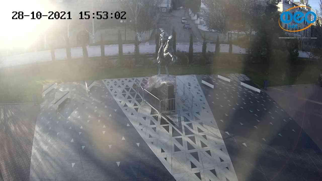 Веб-камеры Феодосии, Памятник генералу Котляревскому, 2021-10-28 15:53:14