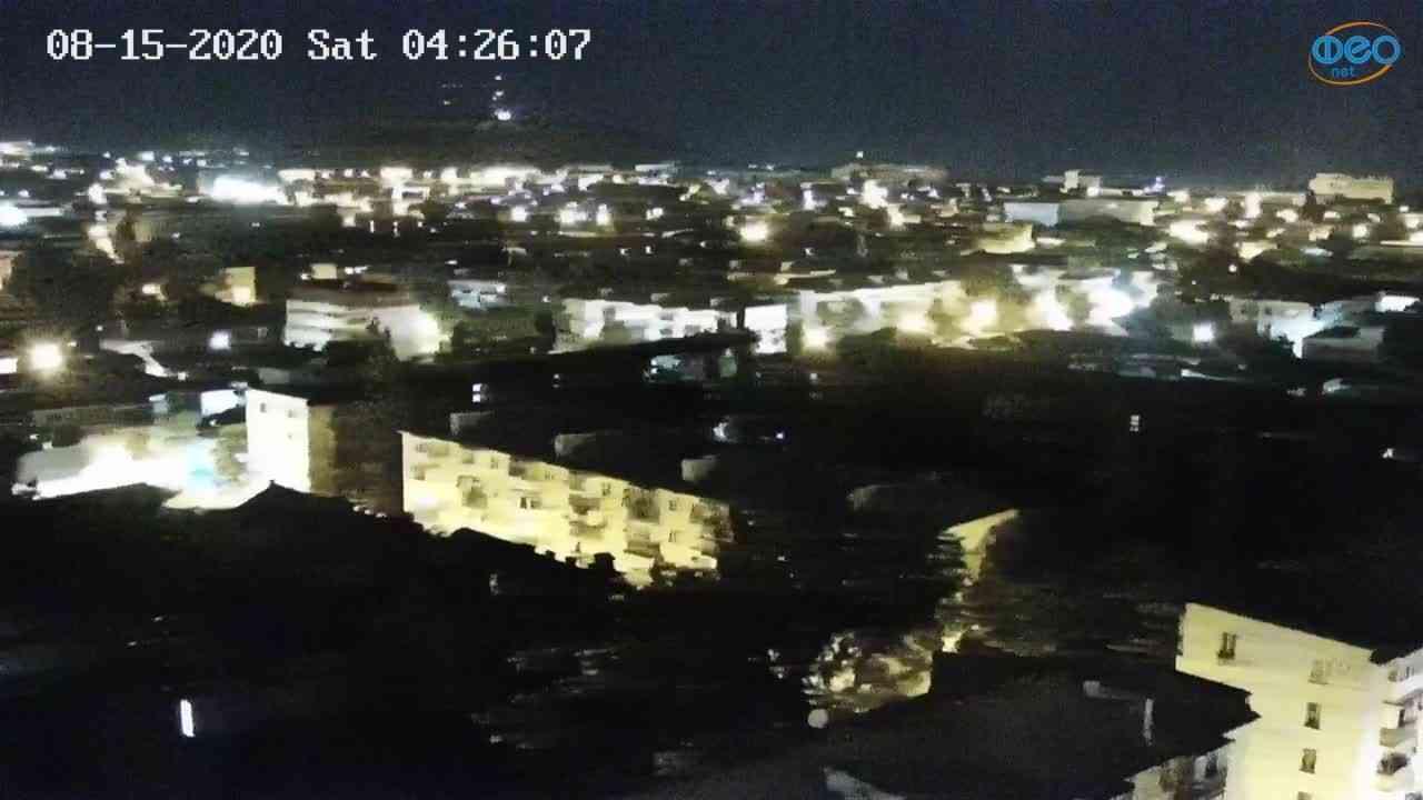 Веб-камеры Феодосии, Обзорная, 2020-08-15 04:26:17