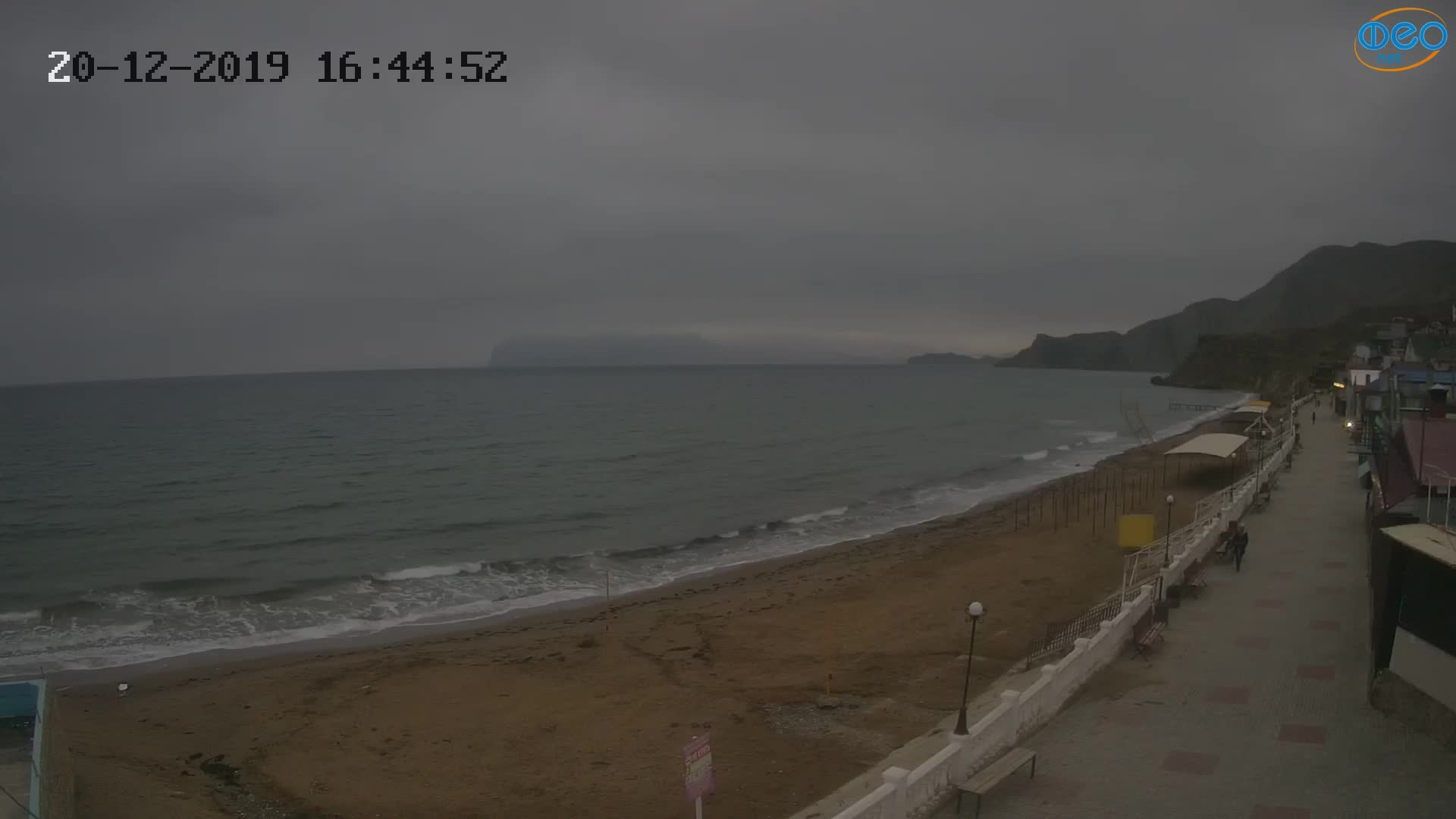 Веб-камеры Феодосии, Орджоникидзе - набережная, 2019-12-20 16:45:15