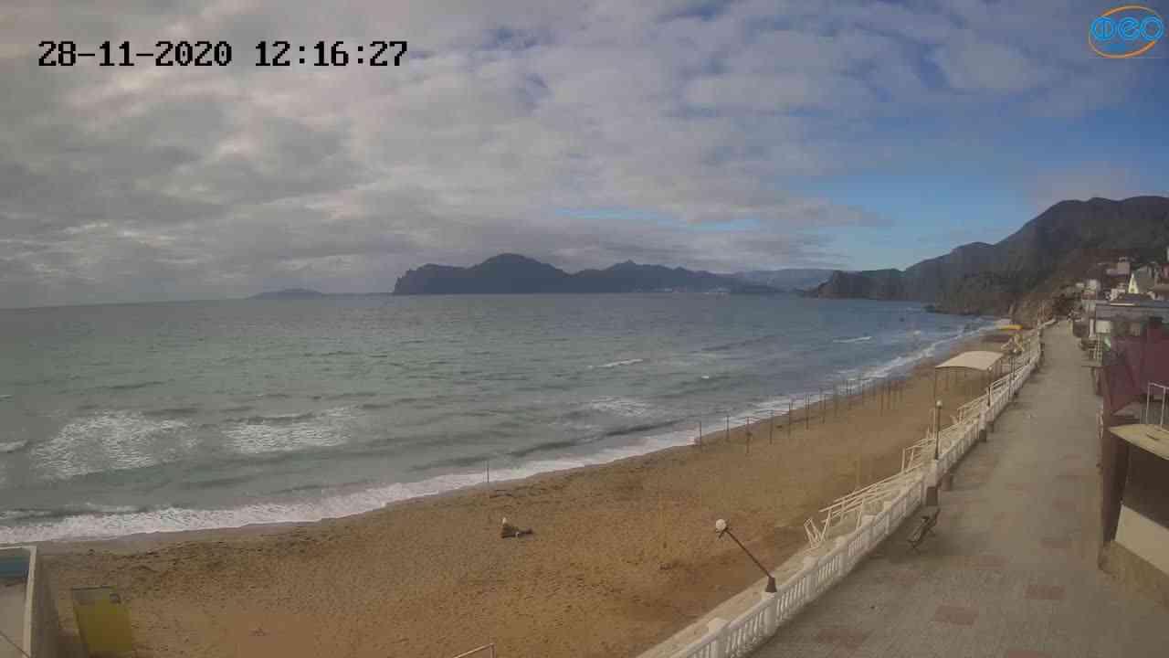 Веб-камеры Феодосии, Орджоникидзе - набережная, 2020-11-28 12:16:45