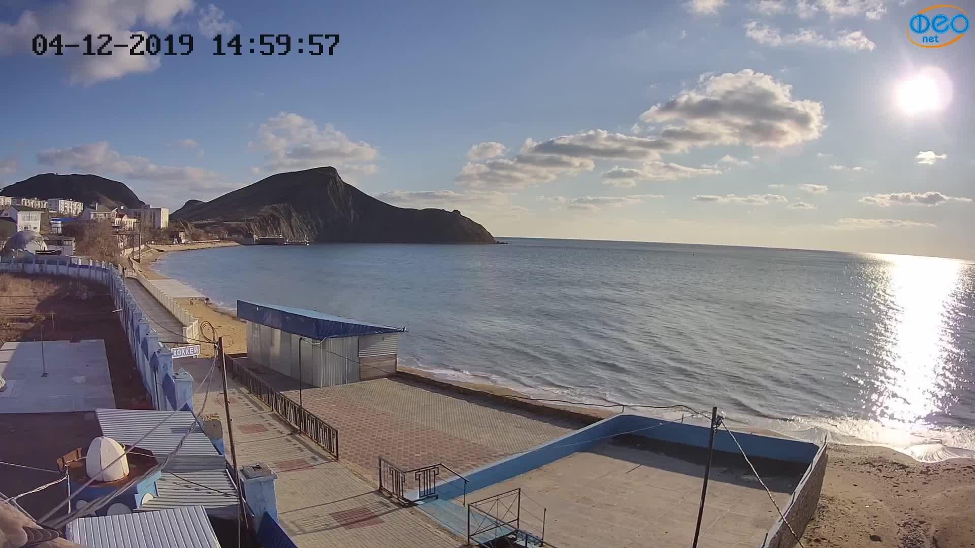 Веб-камеры Феодосии, Орджоникидзе - набережная - вид на Васюковку, 2019-12-04 15:15:41