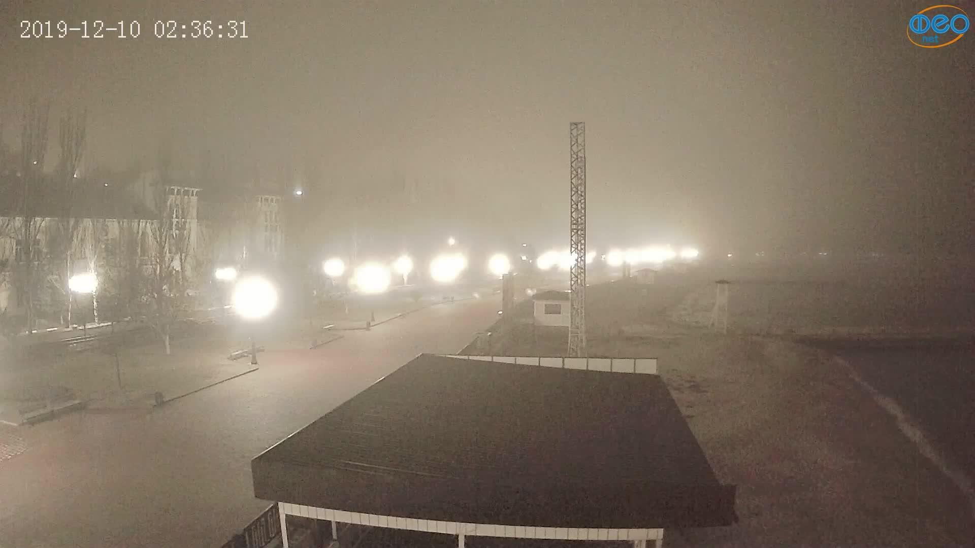 Веб-камеры Феодосии, Пляж Камешки, 2019-12-10 02:36:54