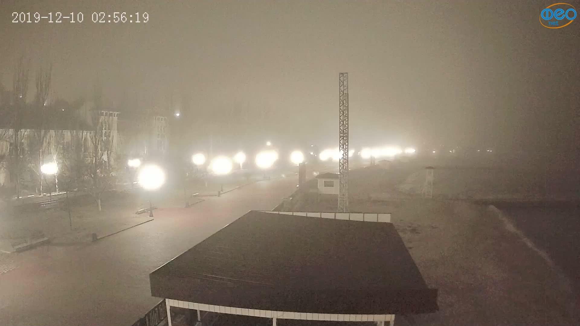 Веб-камеры Феодосии, Пляж Камешки, 2019-12-10 02:56:43