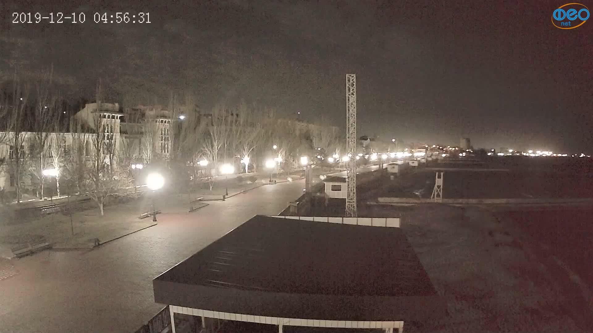 Веб-камеры Феодосии, Пляж Камешки, 2019-12-10 04:56:55