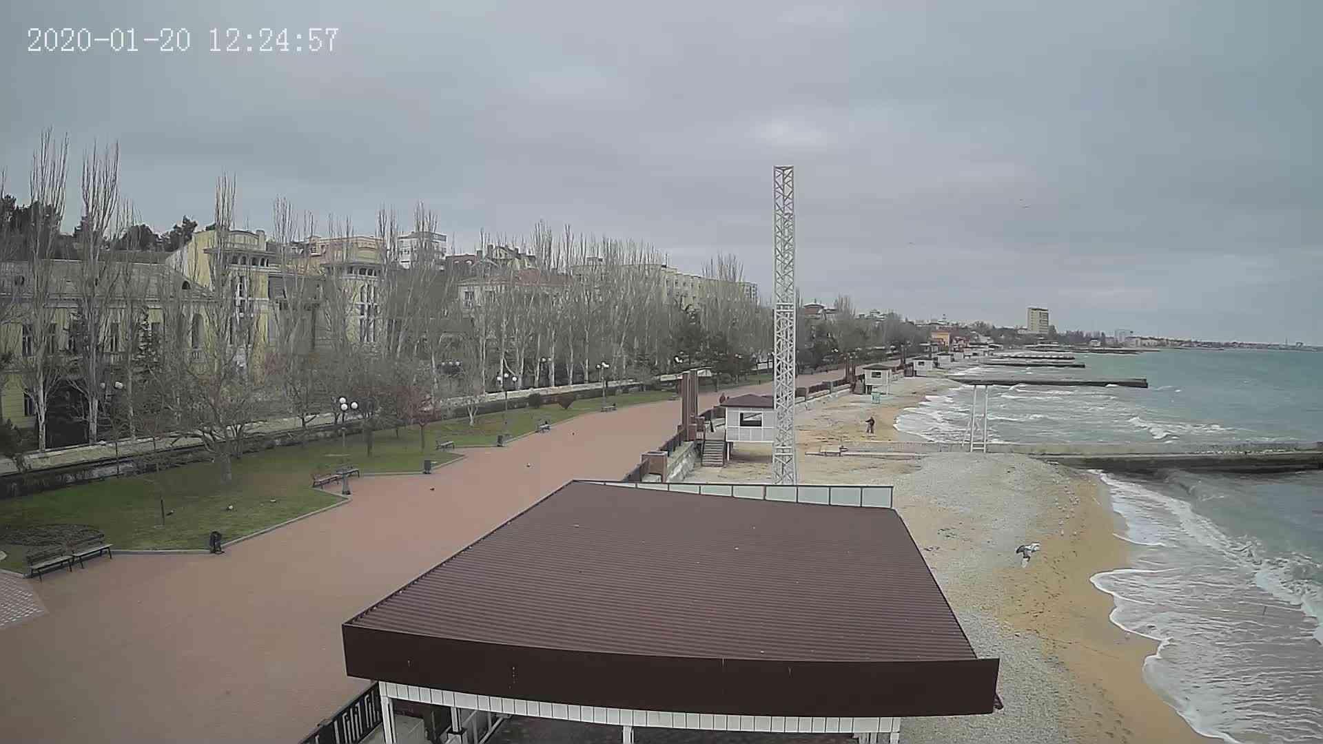 Веб-камеры Феодосии, Пляж Камешки, 2020-01-20 12:25:22