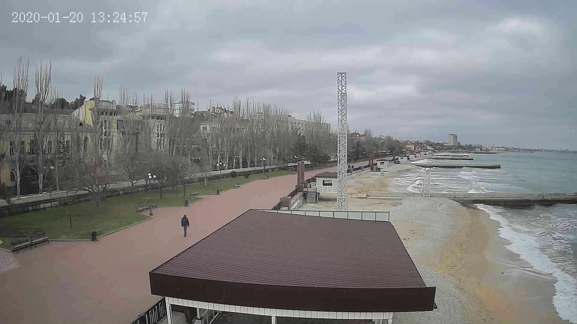 Веб-камеры Феодосии, Пляж Камешки, 2020-01-20 13:25:21