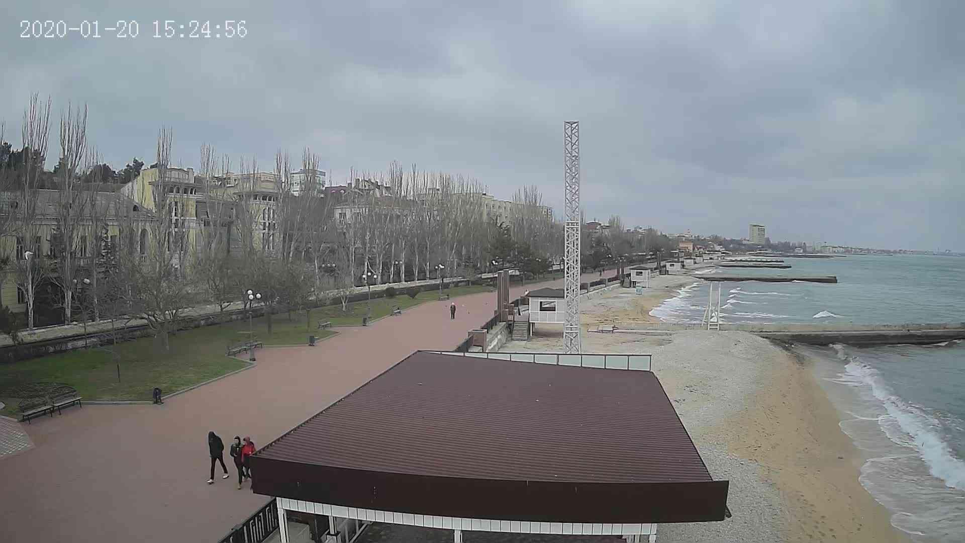 Веб-камеры Феодосии, Пляж Камешки, 2020-01-20 15:25:20