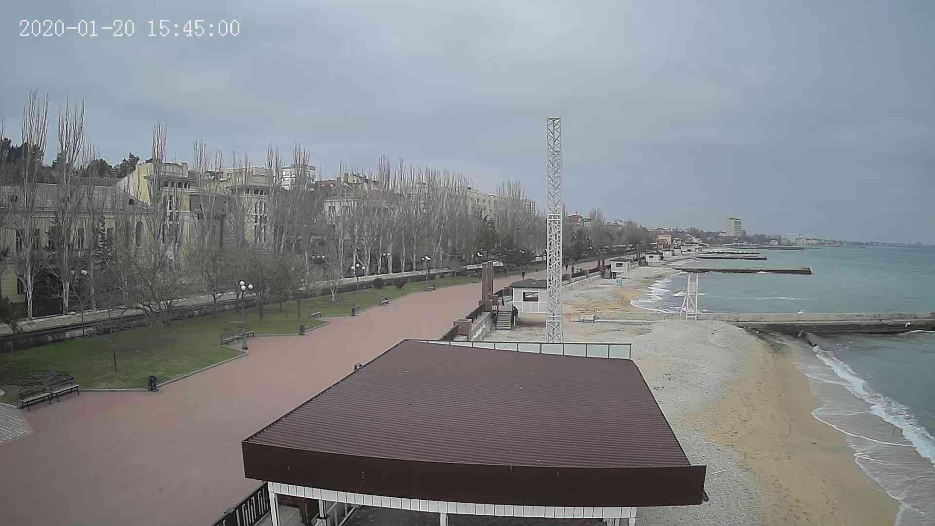 Веб-камеры Феодосии, Пляж Камешки, 2020-01-20 15:45:21