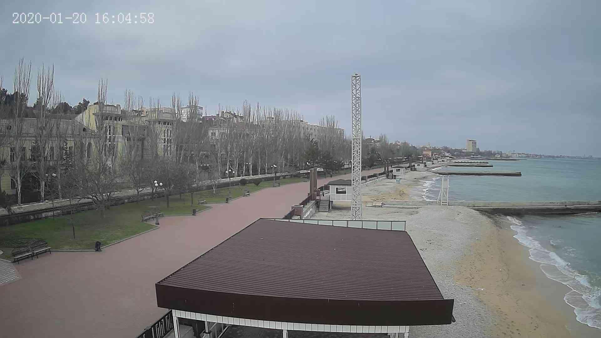 Веб-камеры Феодосии, Пляж Камешки, 2020-01-20 16:05:20