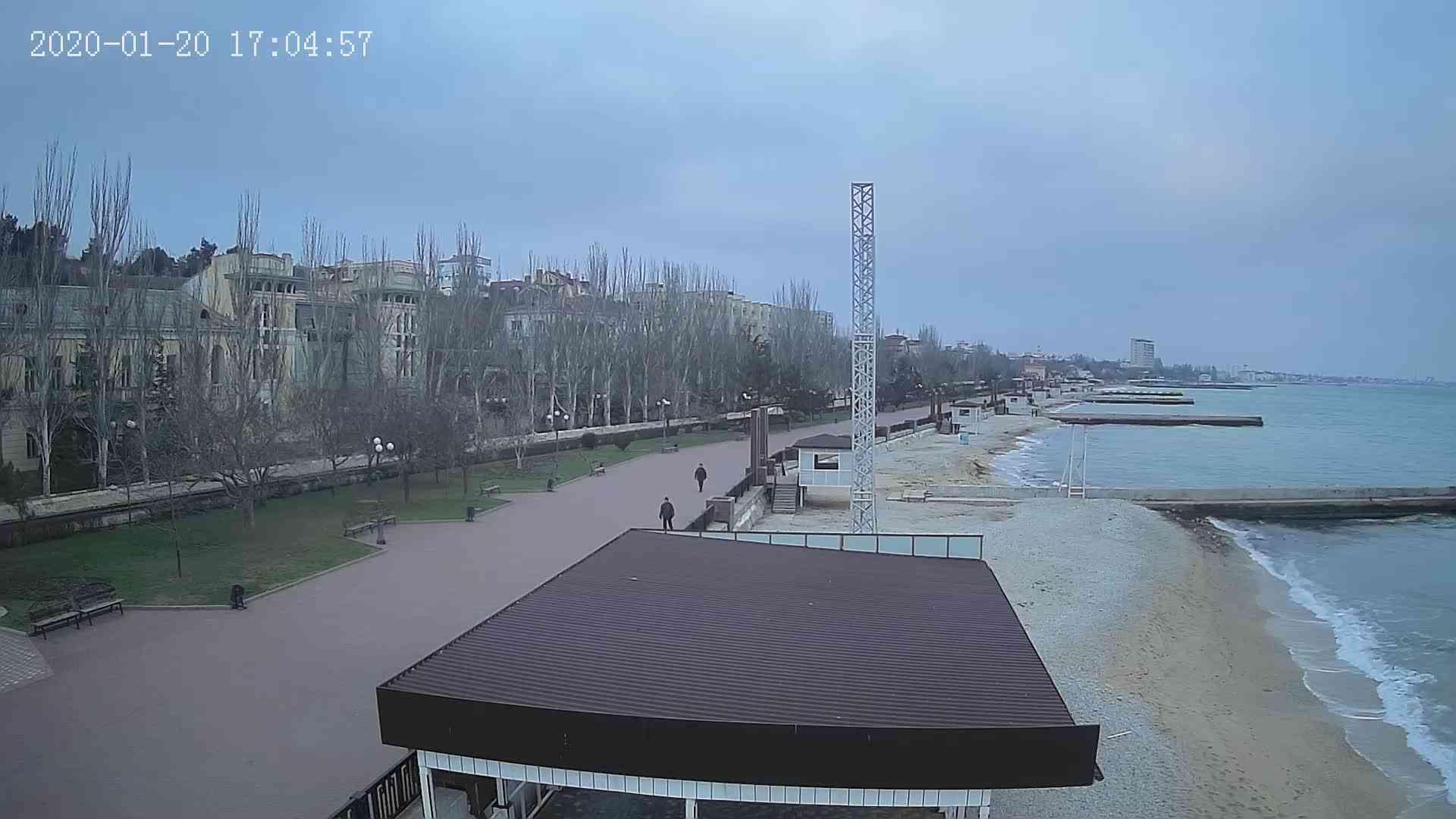 Веб-камеры Феодосии, Пляж Камешки, 2020-01-20 17:05:21