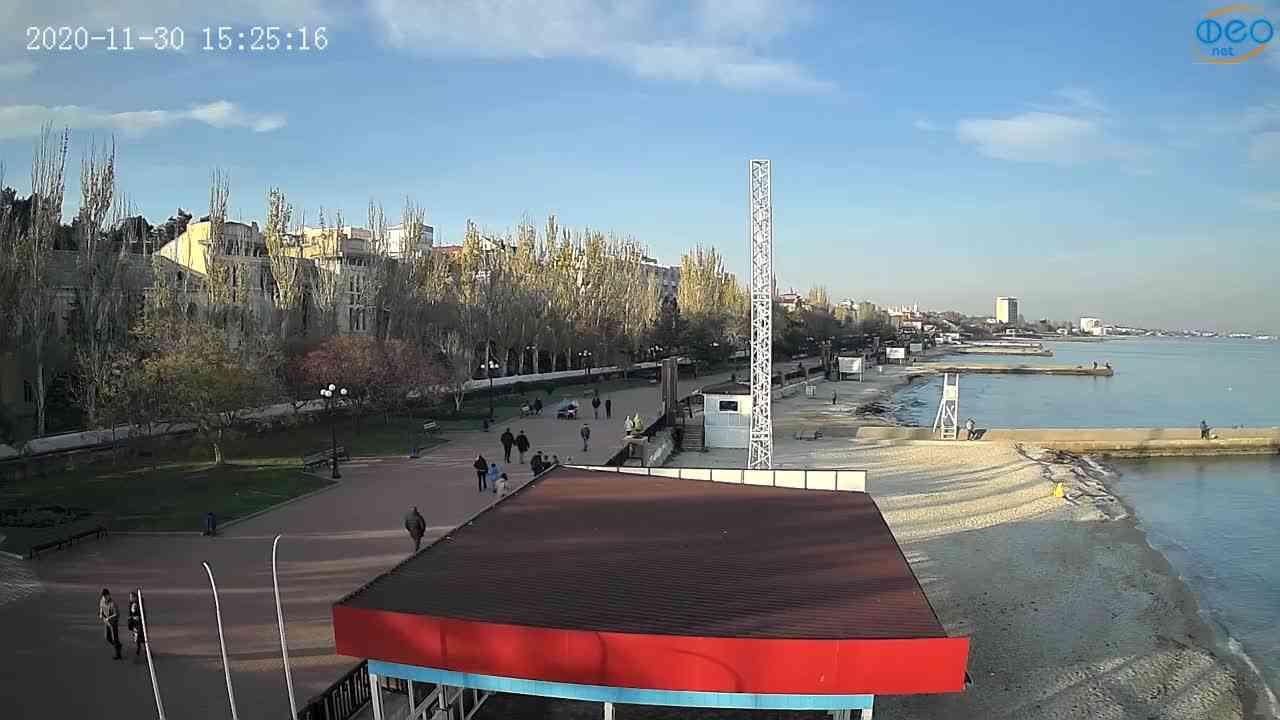 Веб-камеры Феодосии, Пляж Камешки, 2020-11-30 15:25:25