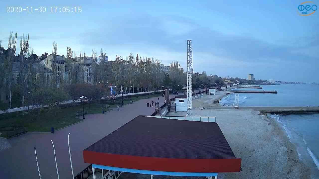 Веб-камеры Феодосии, Пляж Камешки, 2020-11-30 17:05:26