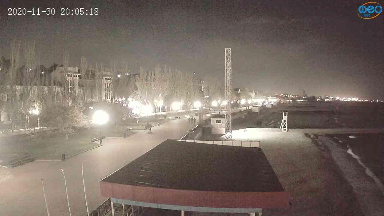 Веб-камеры Феодосии, Пляж Камешки, 2020-11-30 20:05:27