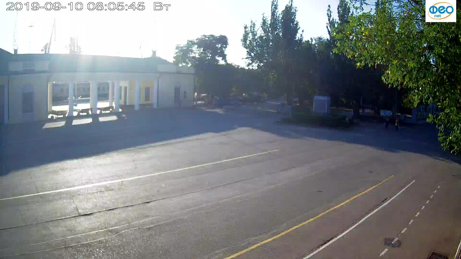 Веб-камеры Феодосии, Привокзальная площадь 2, 2019-09-10 07:53:10