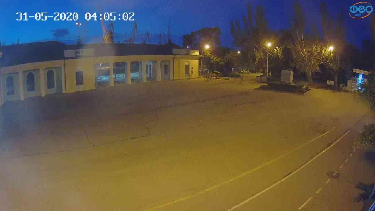 Веб-камеры Феодосии, Привокзальная площадь 2, 2020-05-31 04:05:13